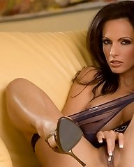 Catalina Cruz loves to get naked on leather